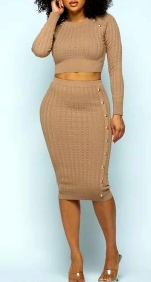 Dresses & Skirts - 💥💥TWO-PIECE SKIRT SET!💥💥